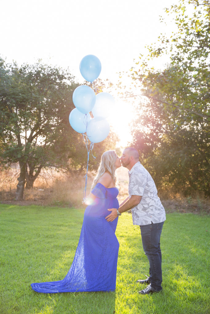 photographer for maternity pictures