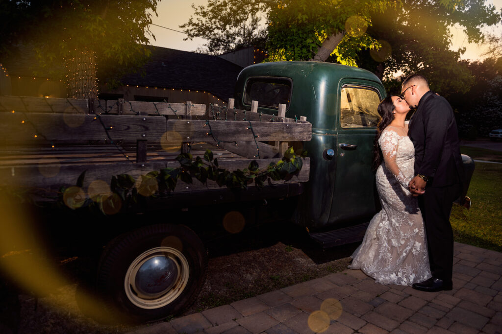 bride and groom night picture